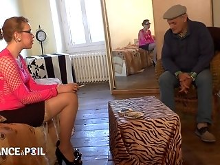 French Slut Has 3Some Sex With Young Amateurs