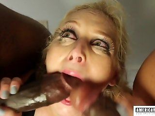 American pornstar Delirious Hunter needs black man meat and man cum - threesome